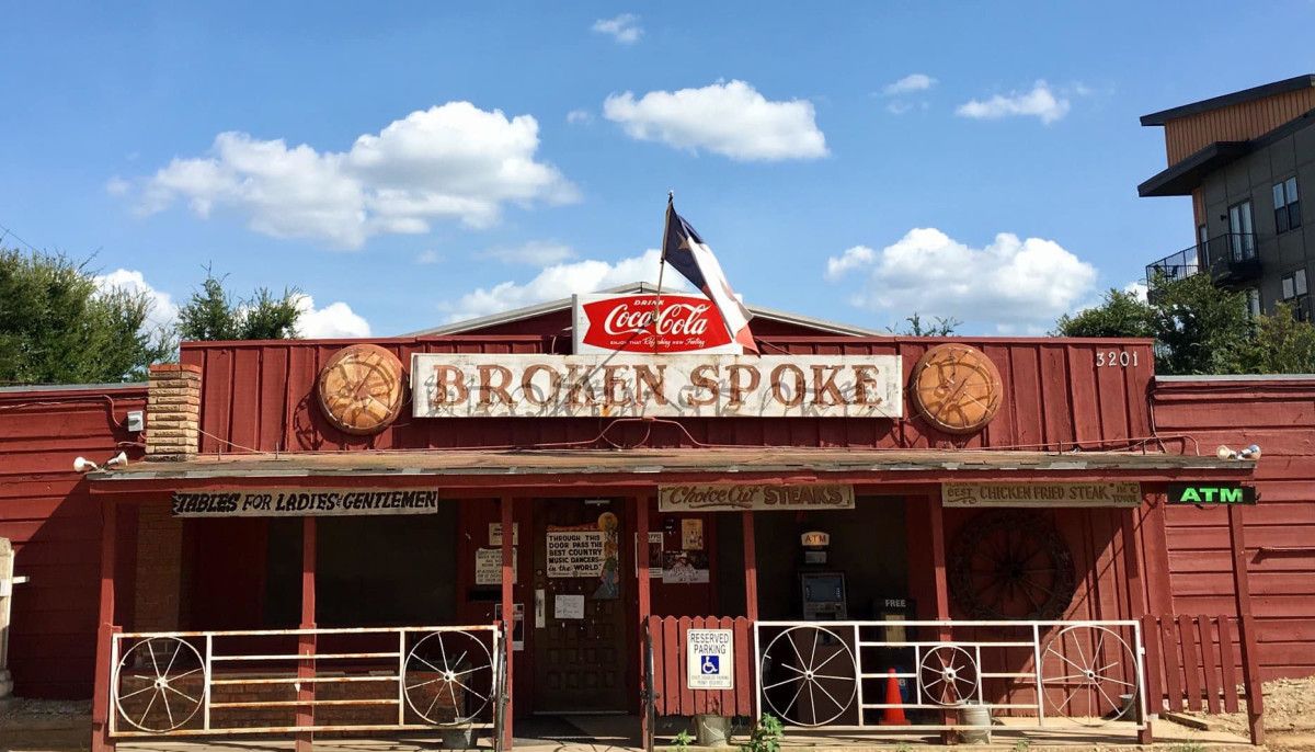 Classic Austin bar scoots onto Texas Monthly's best honky-tonks list