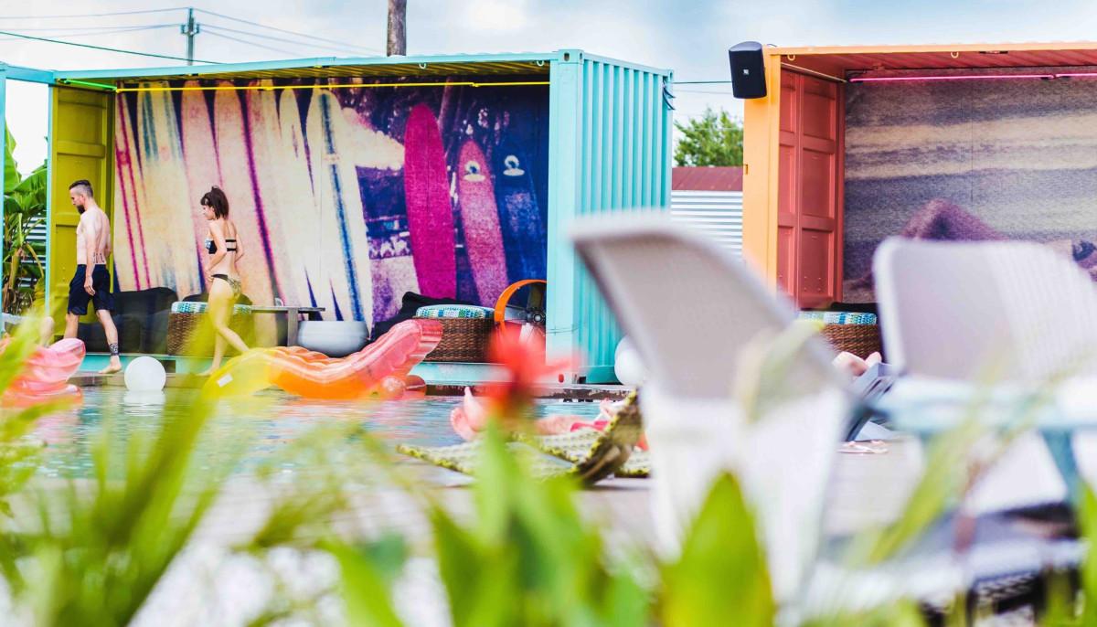 Pool bar's big splash and Houston's top restaurants lead top stories