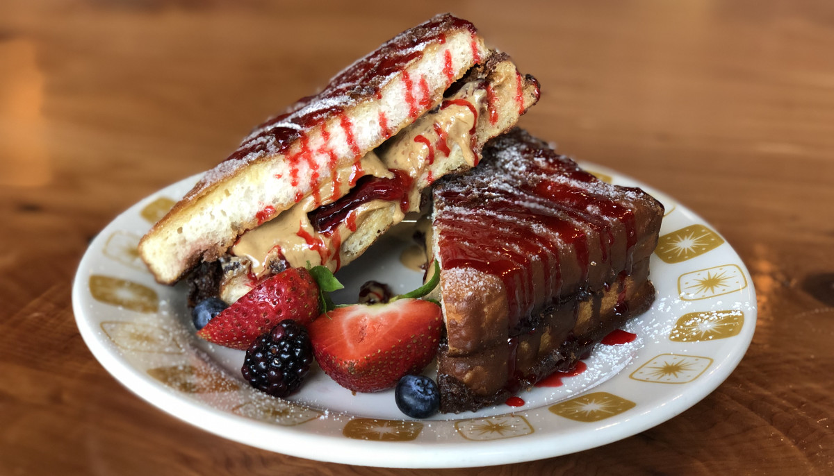 Heights restaurant's $100 PB&J sweetens the deal for local businesses