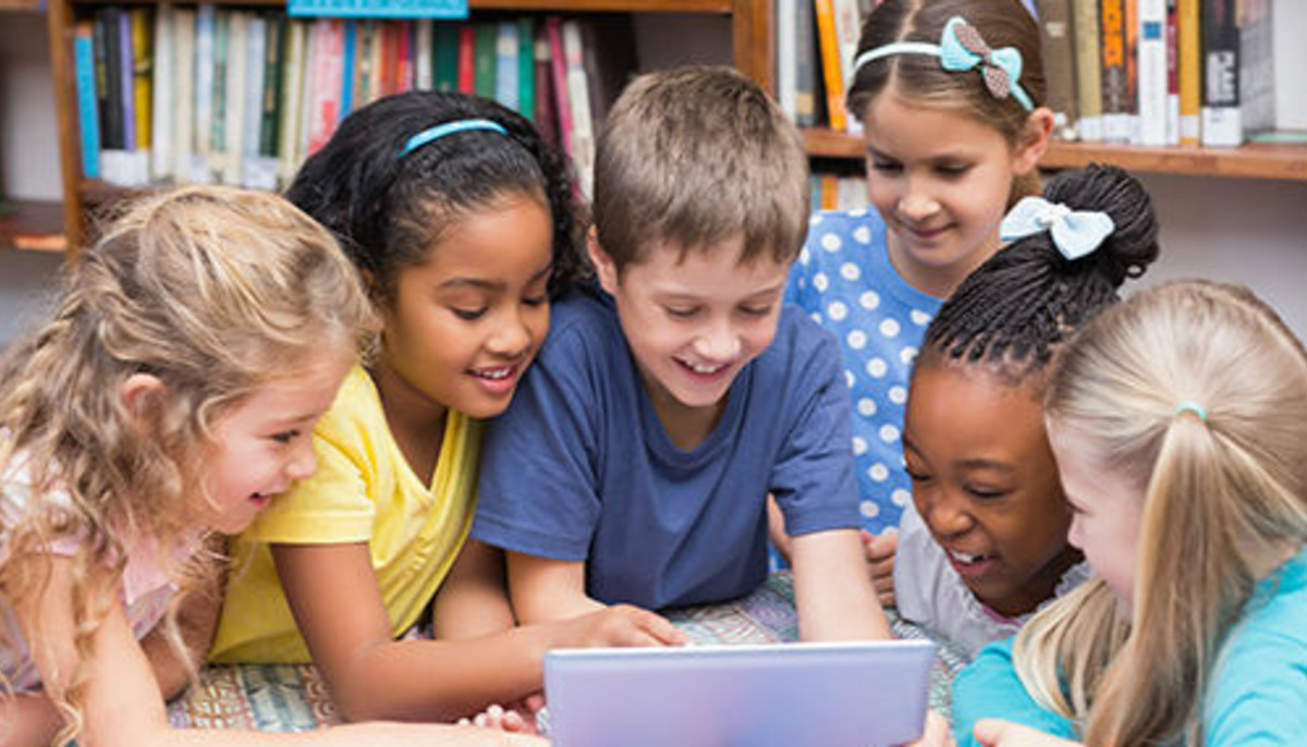 Children school learning laptop