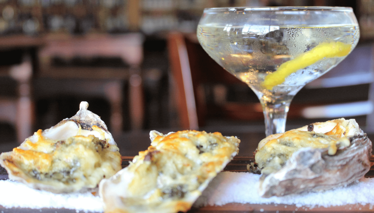 Try every combination of oysters and cocktails at this Houston hot spot