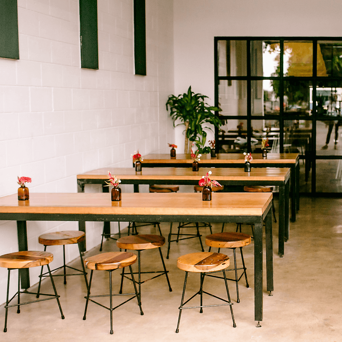 Picnik Burnet Road restaurant patio