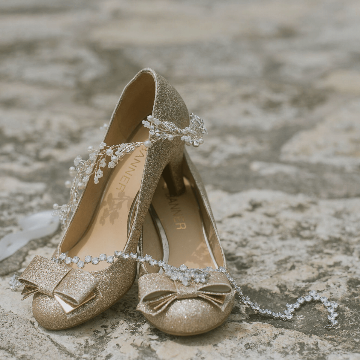 Details of Sonya and Jimmy's Dripping Springs Wedding