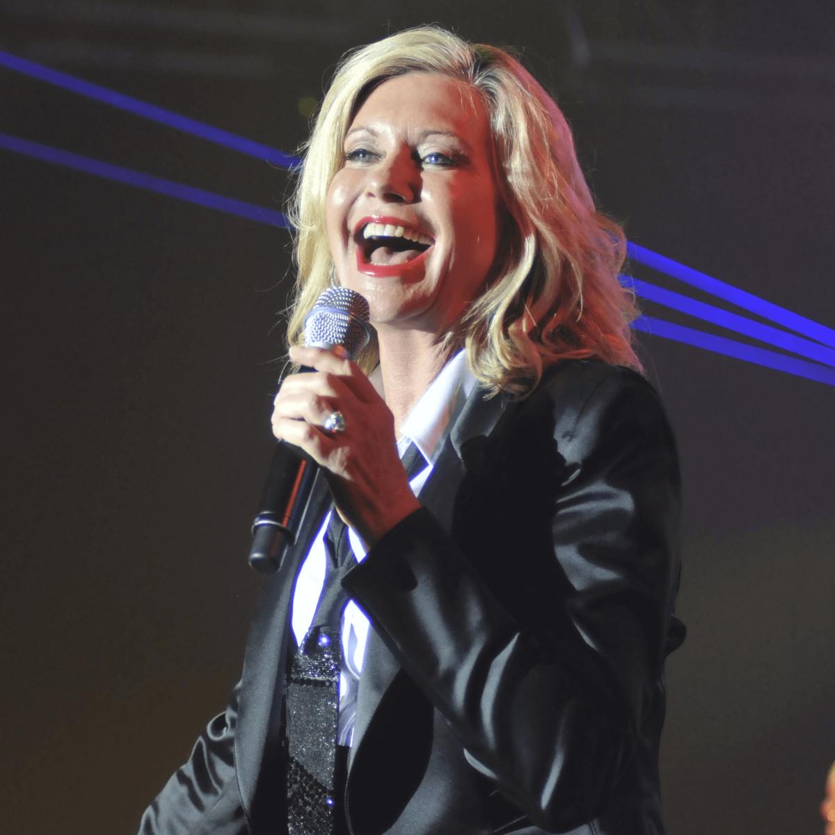 030, Houston Children's Charity Gala, November 2012, Olivia Newton-John
