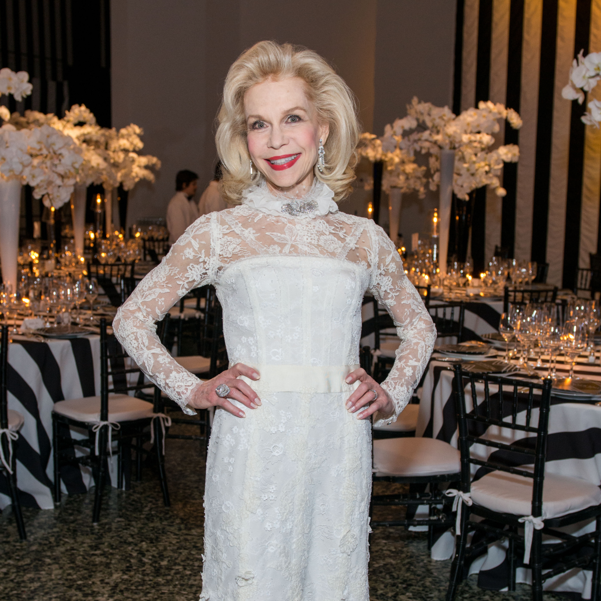 News, Shelby, MFAH gala gowns, Oct. 2015 Lynn Wyatt in Oscar de la Renta