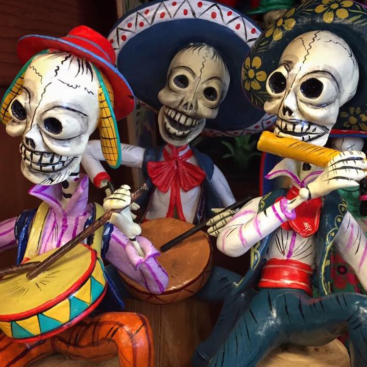 Tesoros Trading Company skeleton Dia de los Muertos