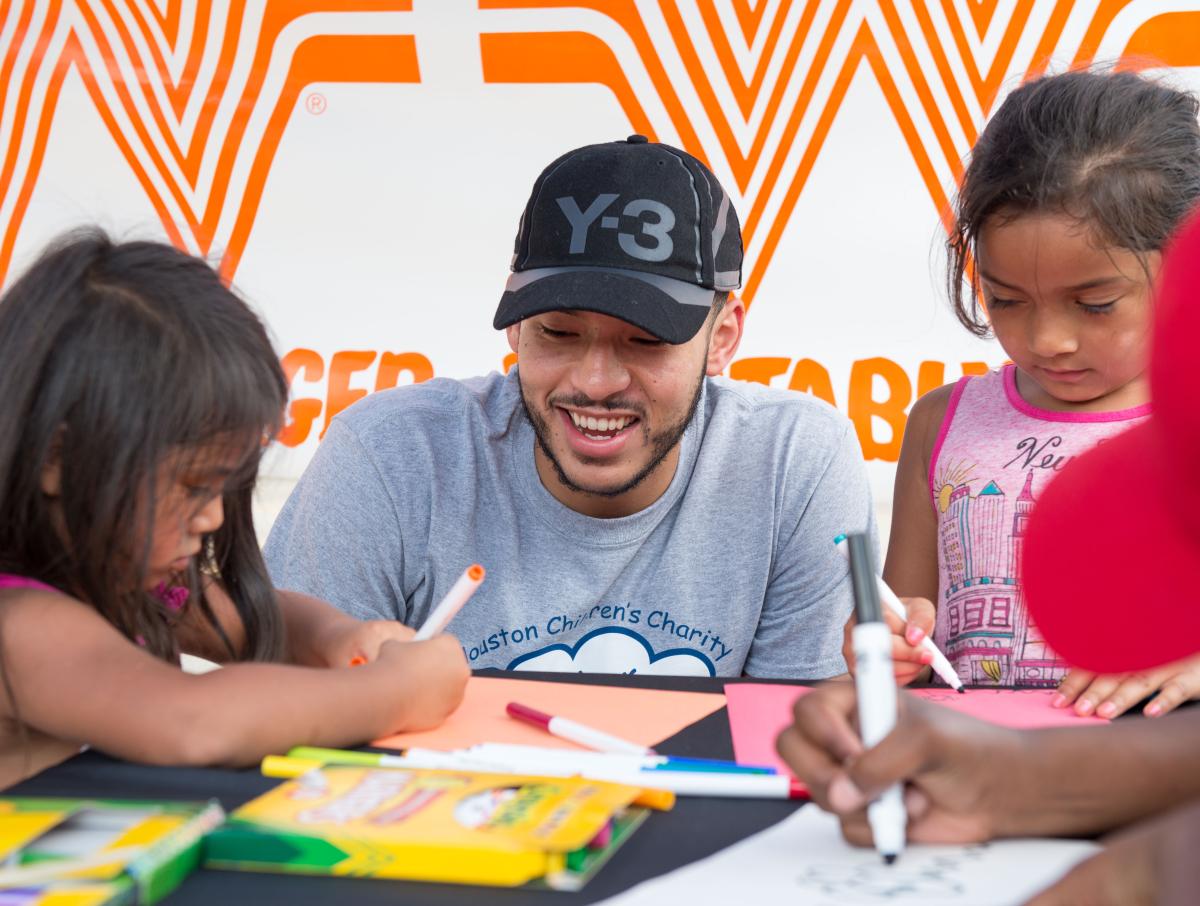 Houston, Carlos Correa, Mattress Firm, Houston Children's Charity mattress giveaway, August 2017, Carlos Correa and kids