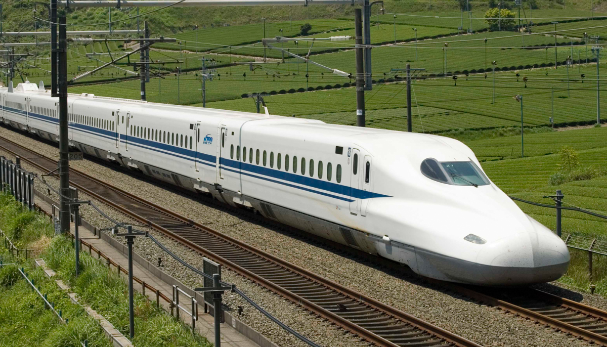 Houston-Dallas high-speed train hires company to do the design-build