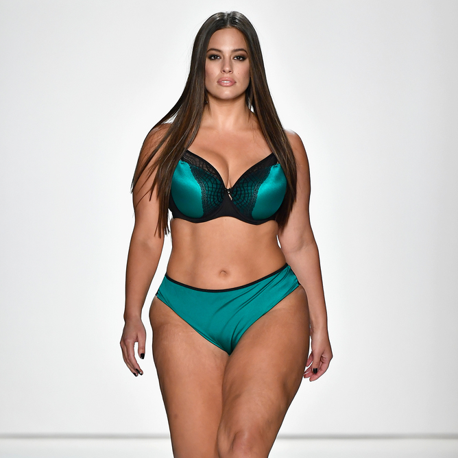 Ashley Graham and other curvy models rule the runway at fashion week ... b330f86d5