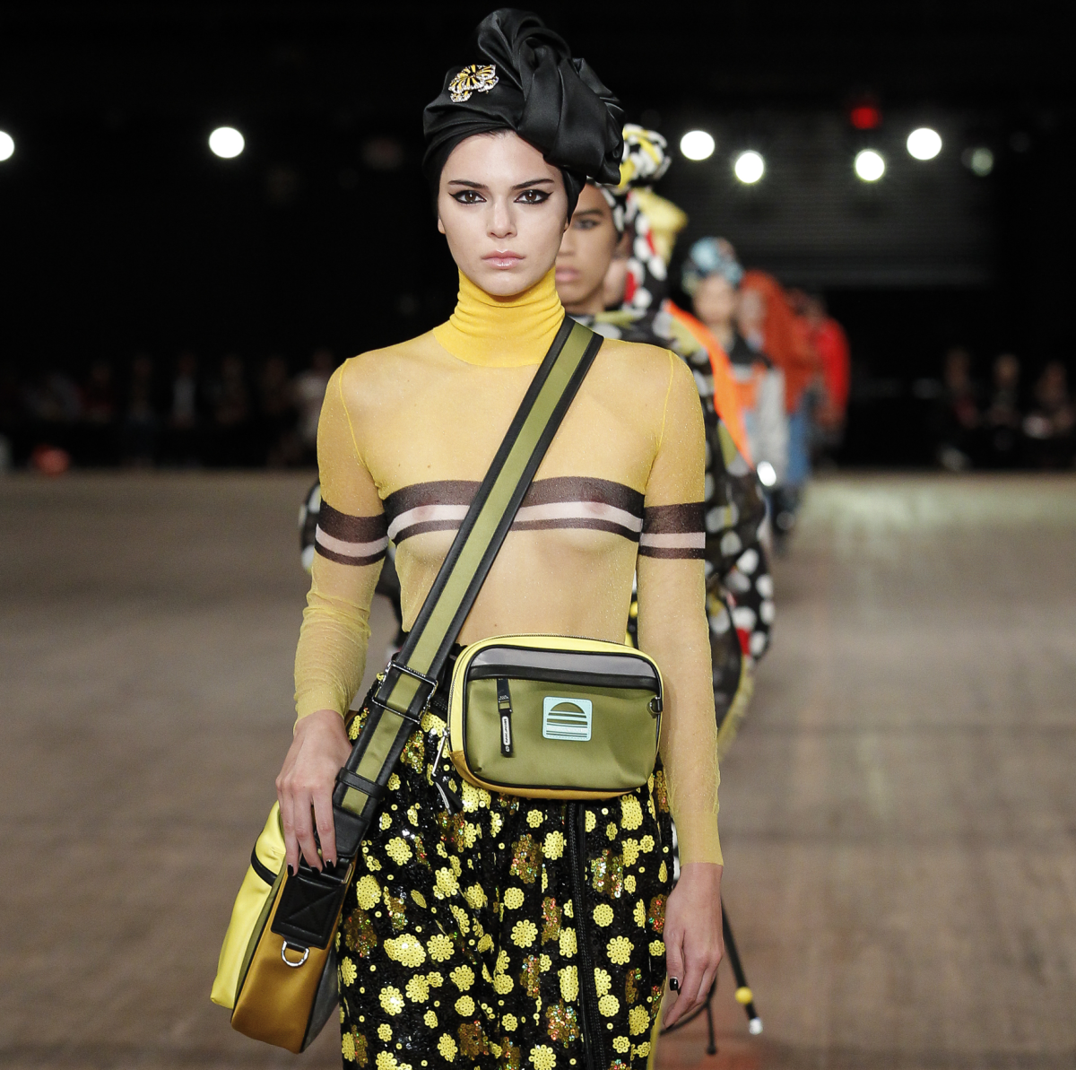 Marc Jacobs spring 2018 look 15 Kendall Jenner