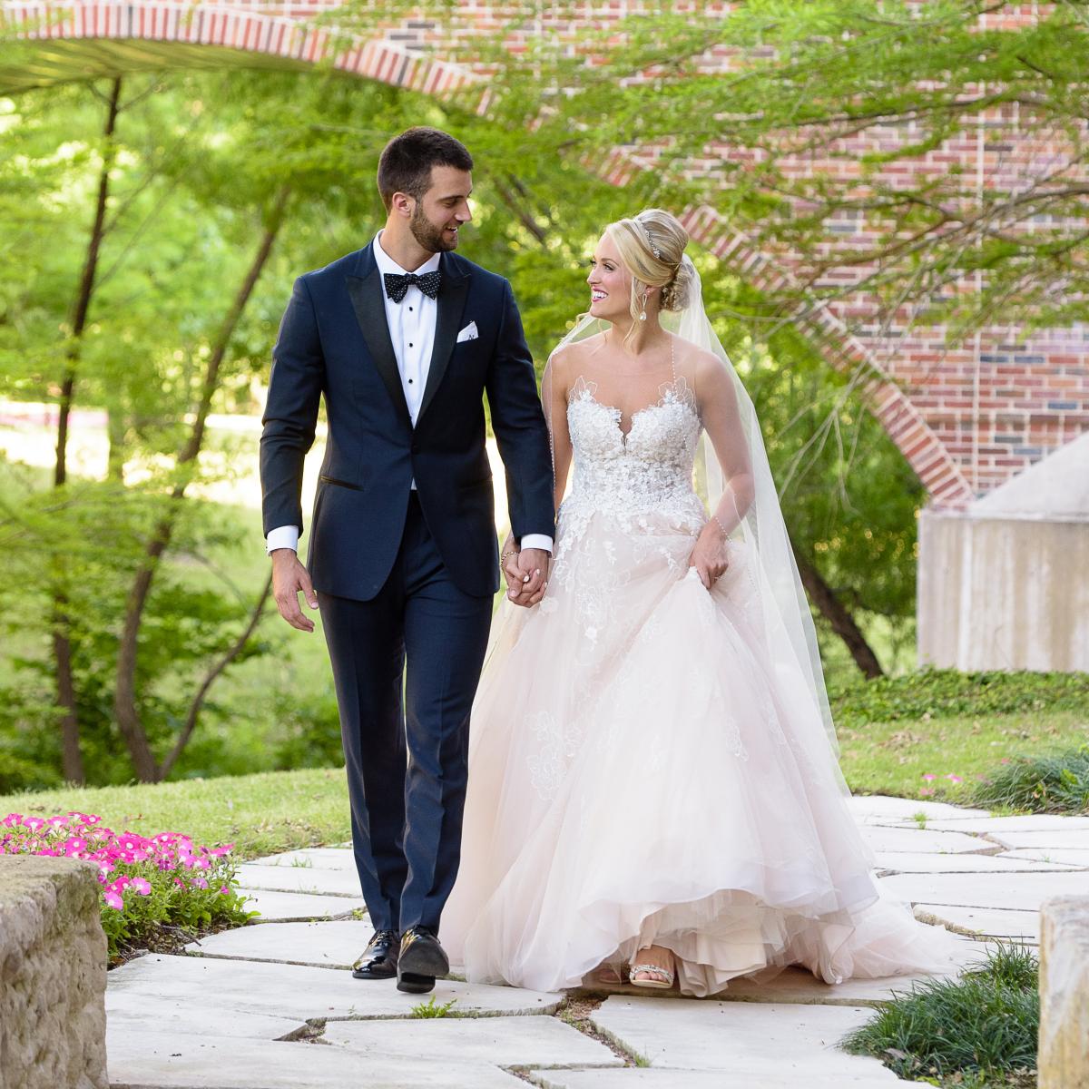 Neely wedding, garden