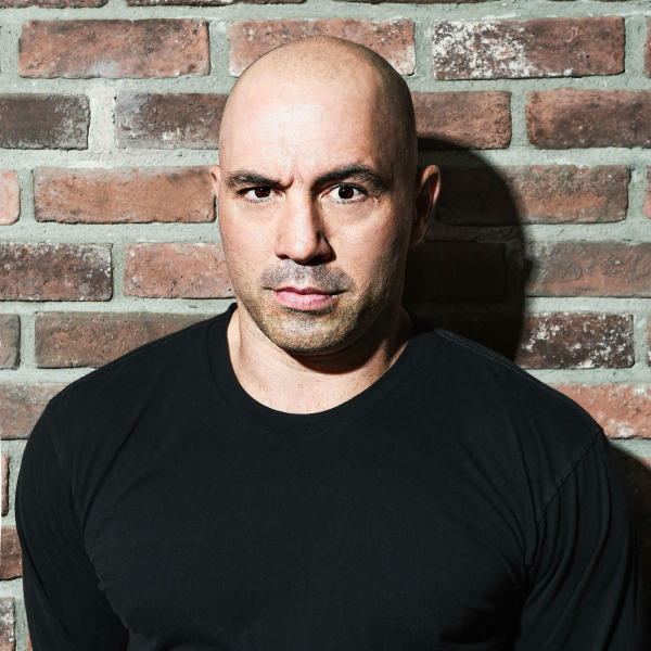 Popular podcaster Joe Rogan punches one-way ticket from LA to Austin