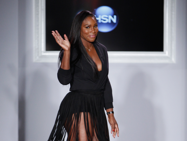 Serena Williams runway bow at HSN fashion show