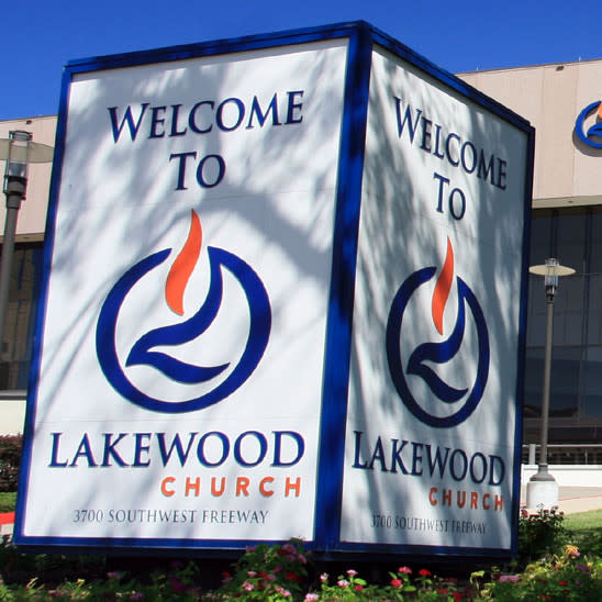 Gallery Furniture and Lakewood Church open doors to flood victims