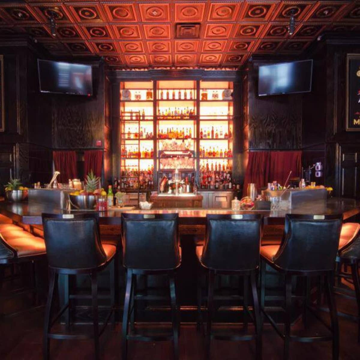 Parliament bar in Dallas