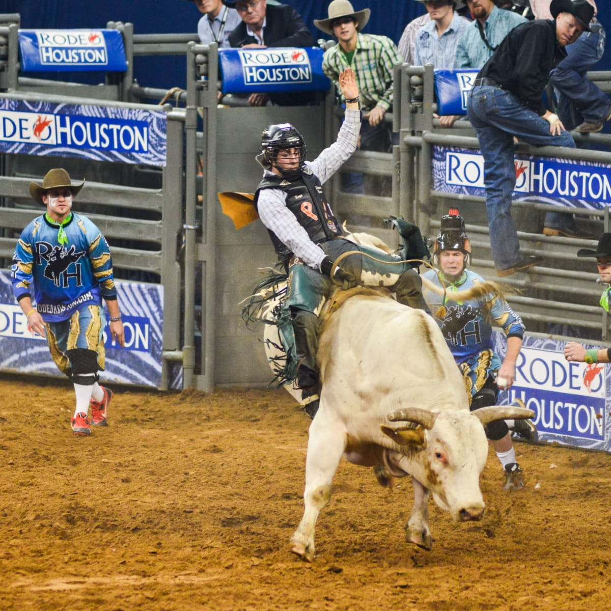 7 RodeoHouston rodeo extras bullfighters March 2014