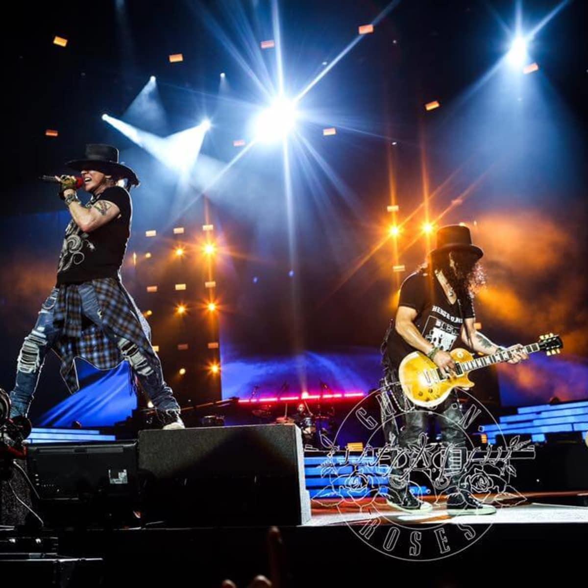 Guns N Roses at Arlington concert