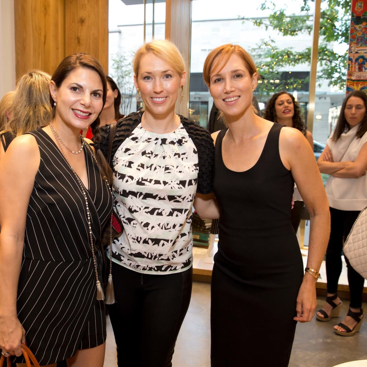 Alice and Olivia opening, 8/16, Kathy Mann, Karah Heim, Carolyn Dorros