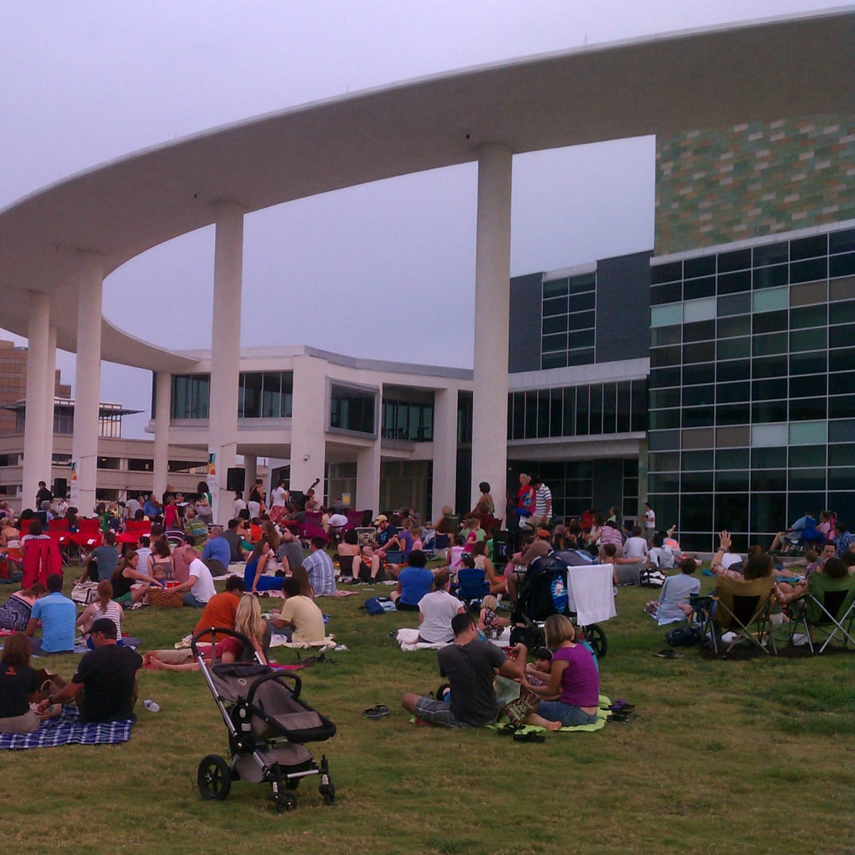 crowd at Concerts in the Park at The Long Center
