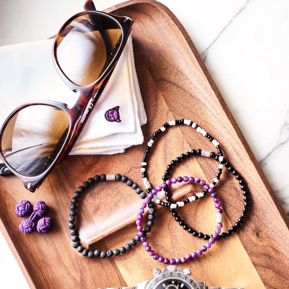 josh madans, accessories