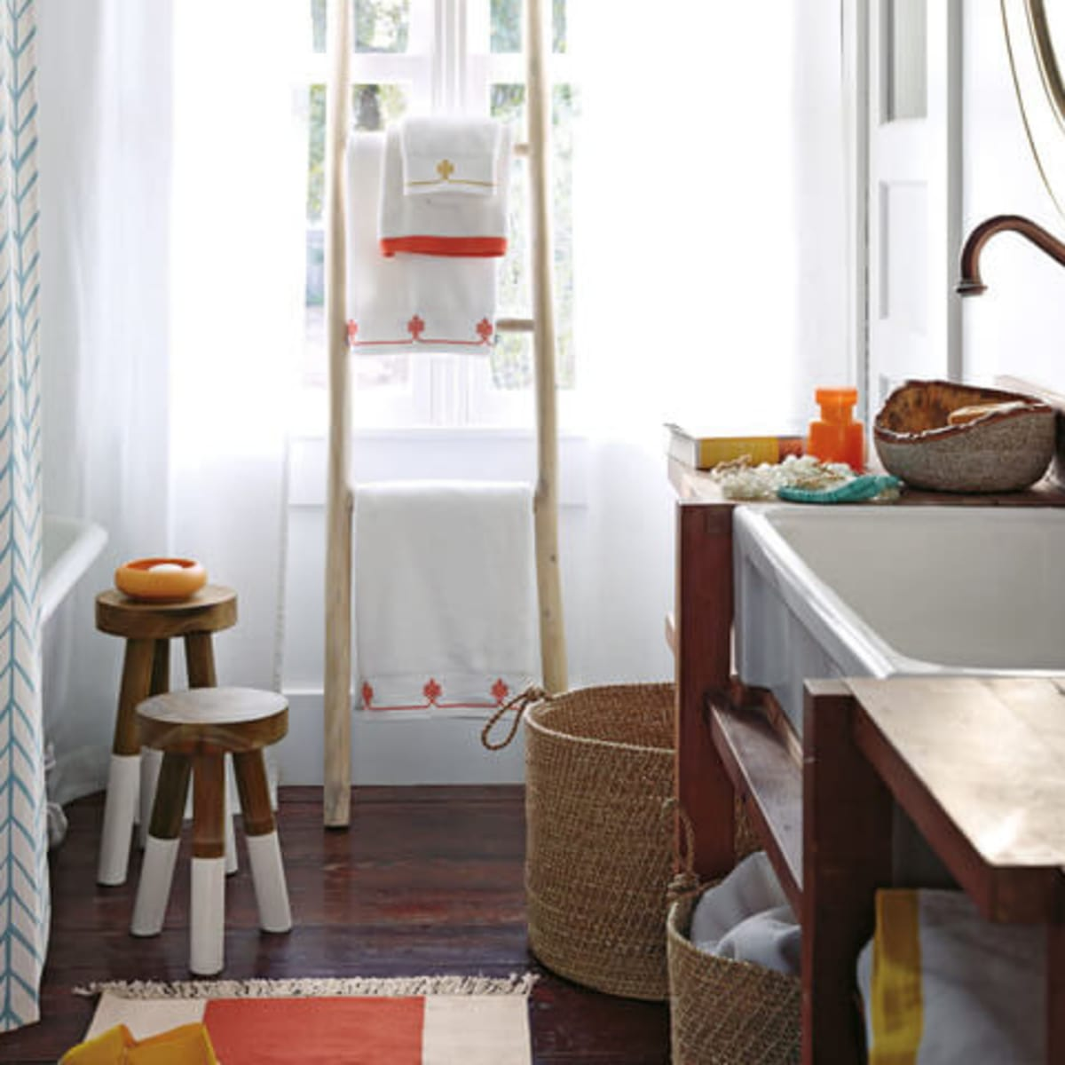 Rustic bathroom idea with ladder shelving