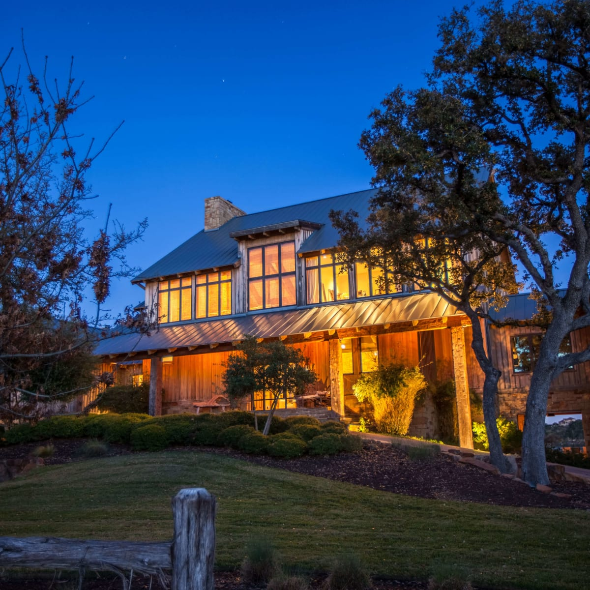 1920 Valentino Cove Lake Travis Spicewood house for sale