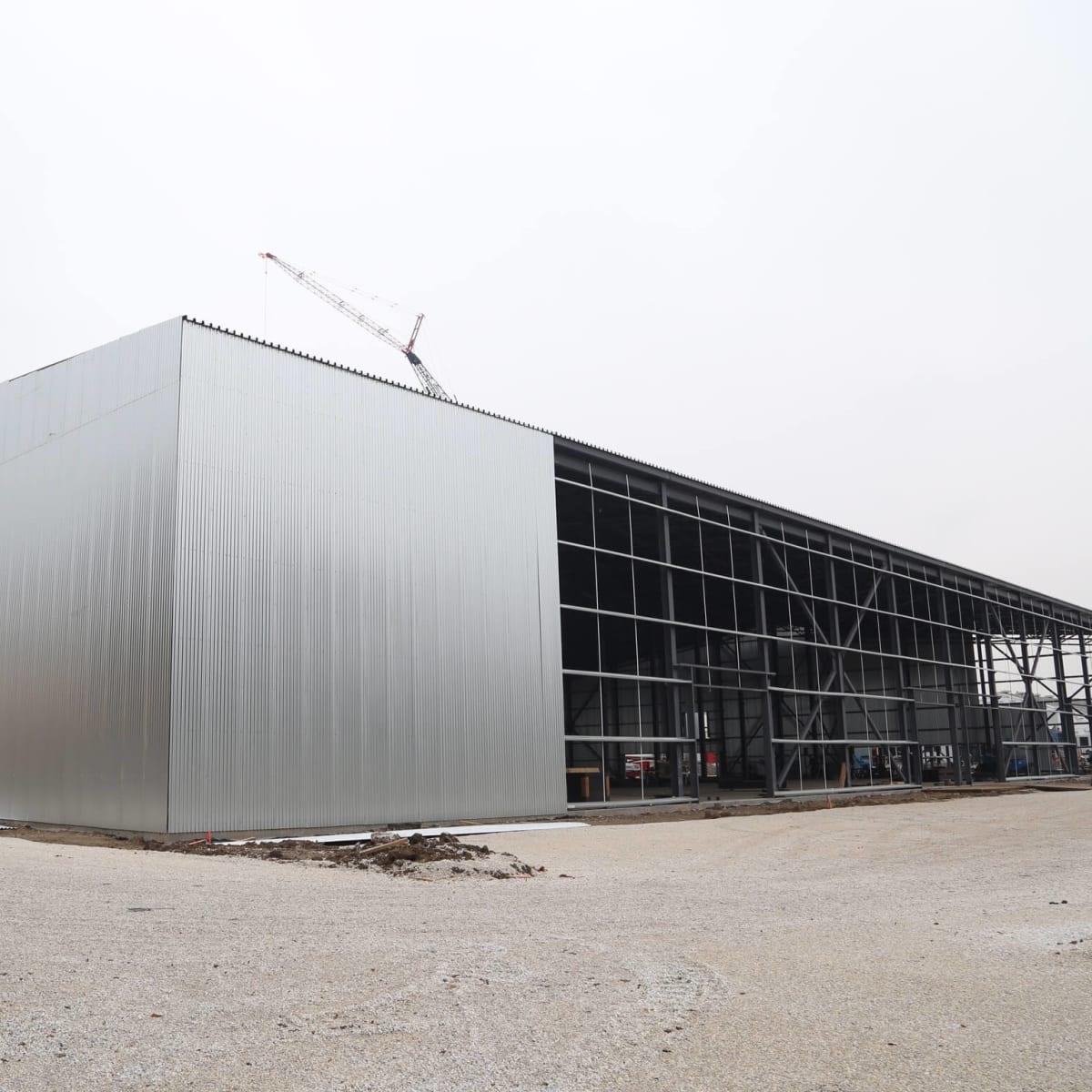 Club Nomadic construction exterior