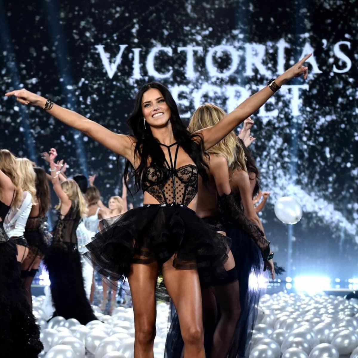 Adriana Lima in 2014 Victoria's Secret fashion show