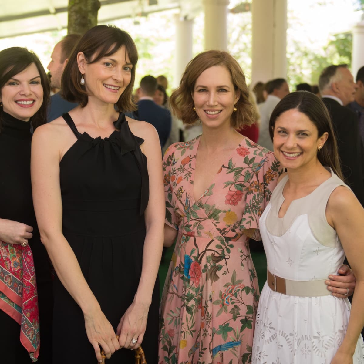 Mary Olga Lovett; Vicky Wight; Carolyn Doros; Karen Farber at Bayou Bend Oscar de la Renta