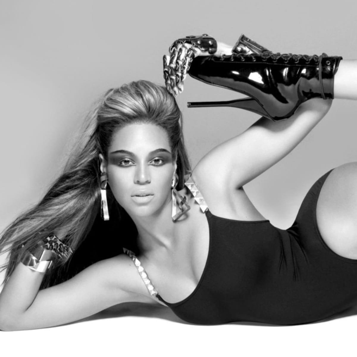 Beyonce posing from Single Ladies
