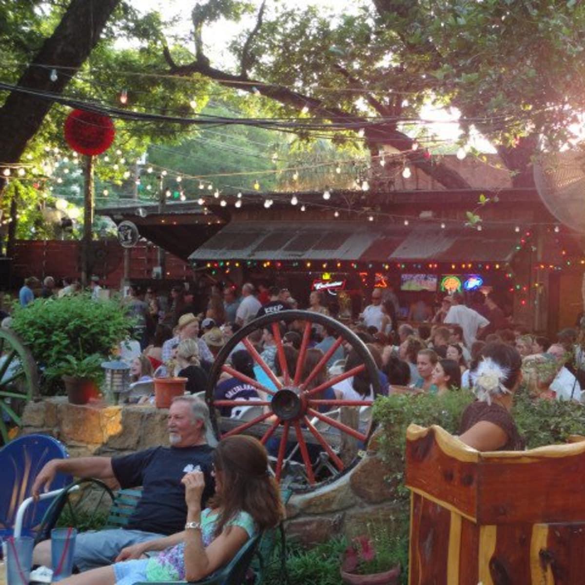 austin photo set: news_july_arden_unplugged at grove