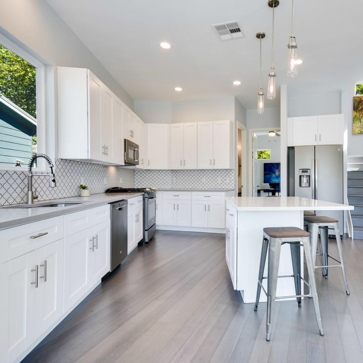 2406 E 16th St Austin house for sale kitchen