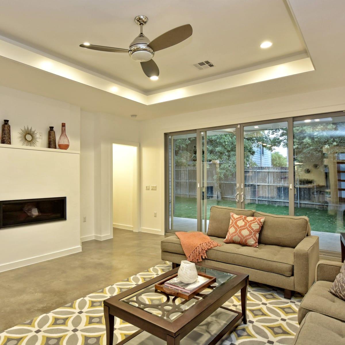 1806 Frazier Austin house for sale living room