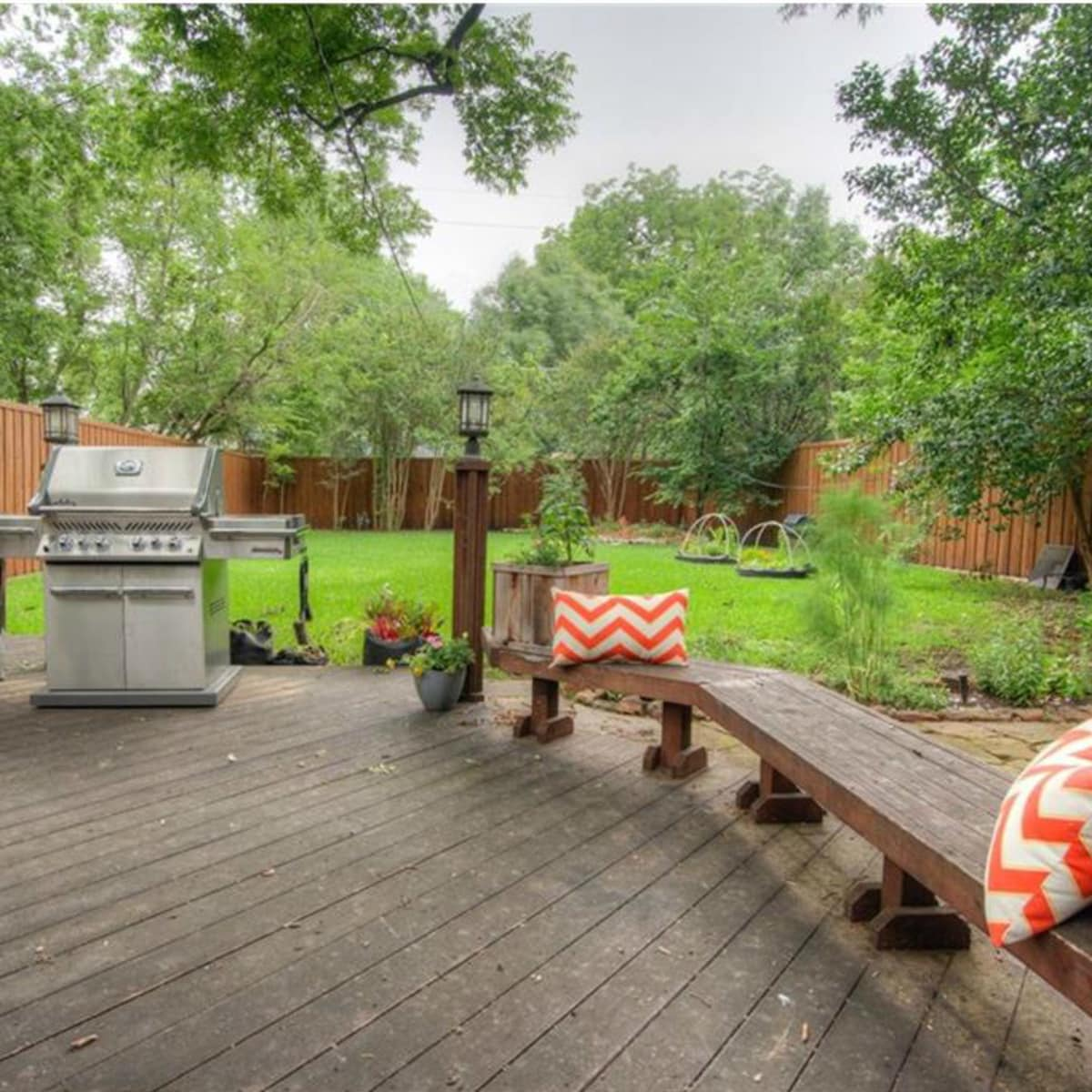 5823 Richmond Ave. Dallas home for sale backyard