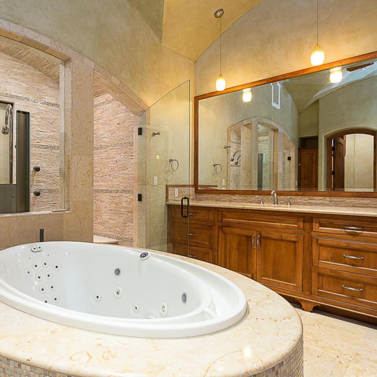 Austin home house 12006 Pleasant Panorama View 78738 Jeff Kent April 2016 master bathroom