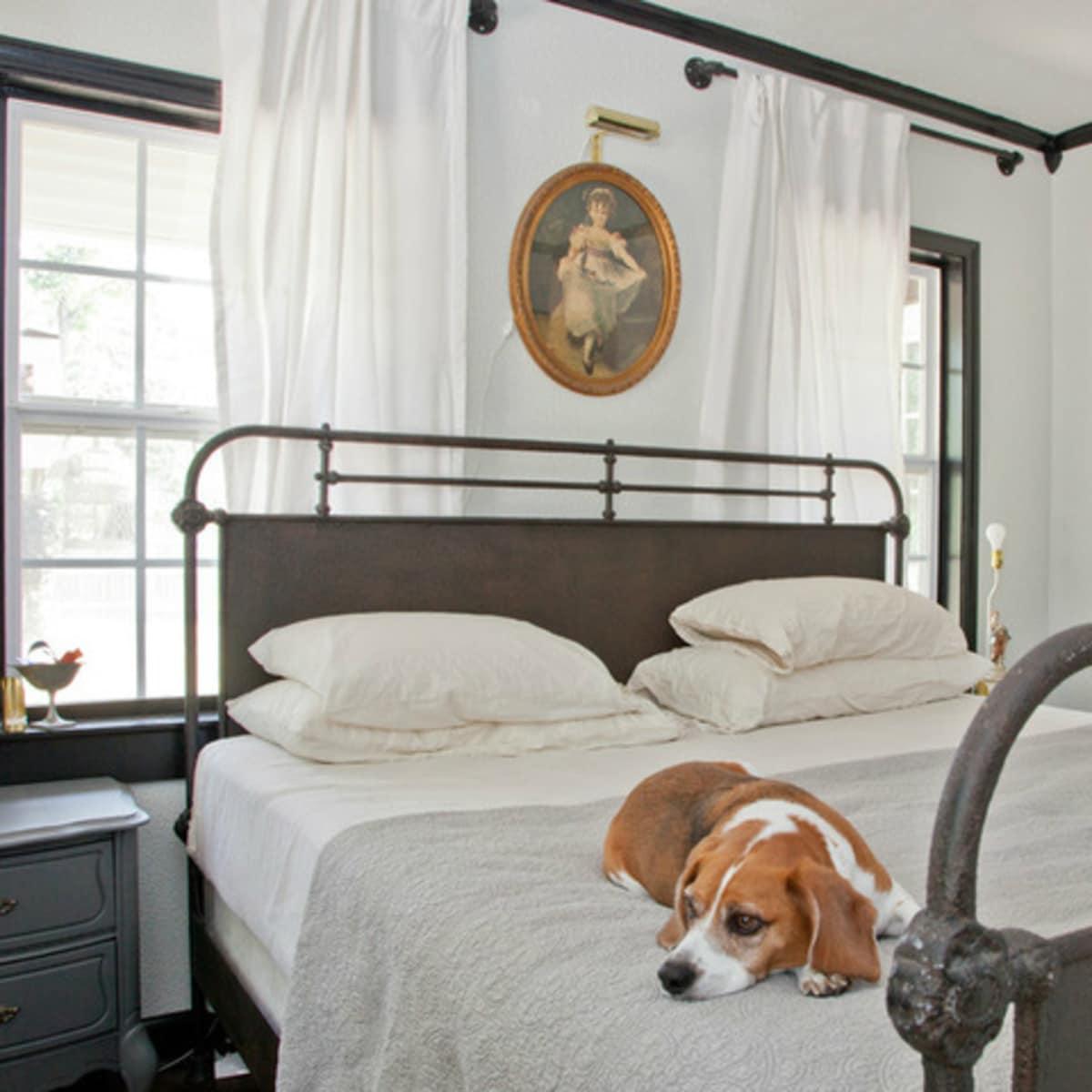 Houzz Texas style iron bedframe