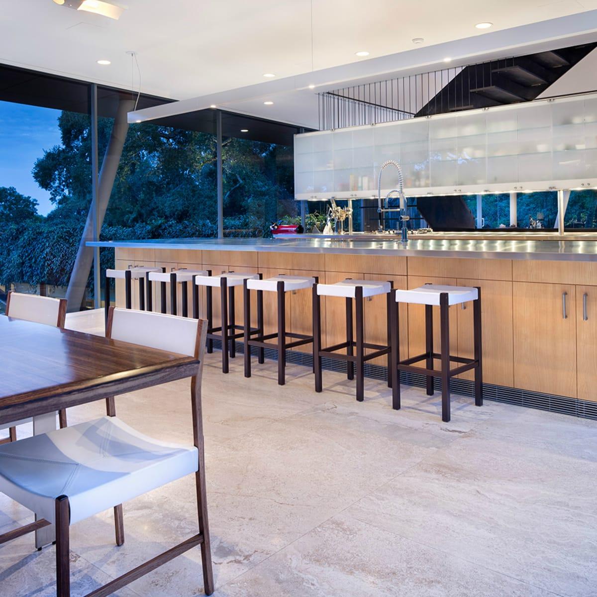 Austin home Floating Box House 900 Live Oak Circle West Lake Hills 78746 April 2016 upstairs kitchen