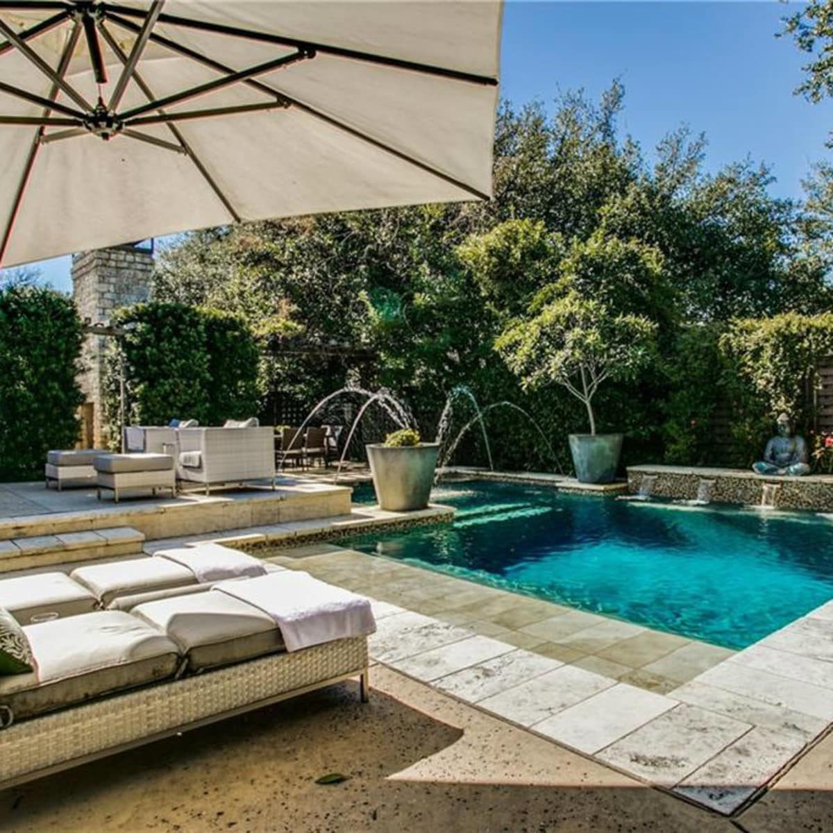5535 Hanover pool