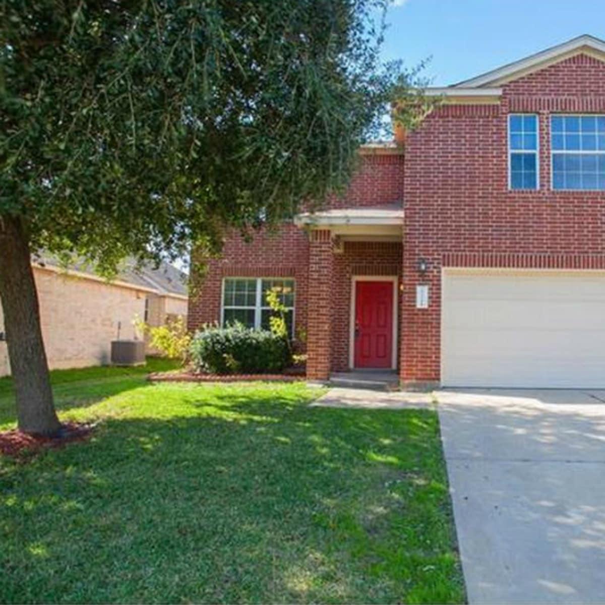 Austin house home Pflugerville 20324 Farm Pond Ln 78660 February 2016 front