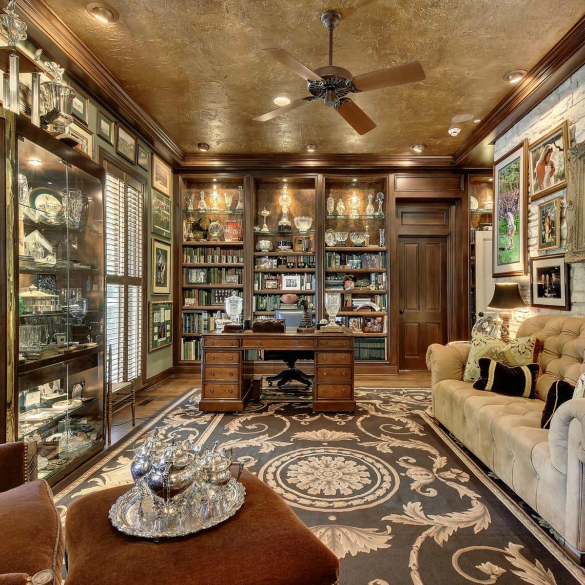 Austin house home Tarrytown 2610 Kenmore Court Ben Crenshaw February 2016 office