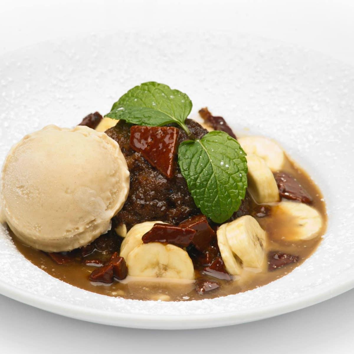 Paesanos toffee banana bread pudding dessert 2015