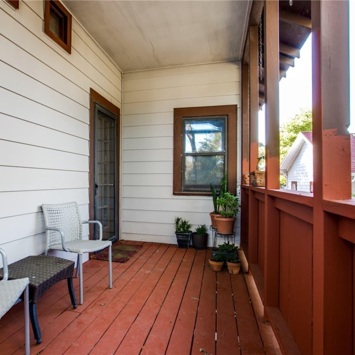 924 Lausanne Avenue Dallas home for sale