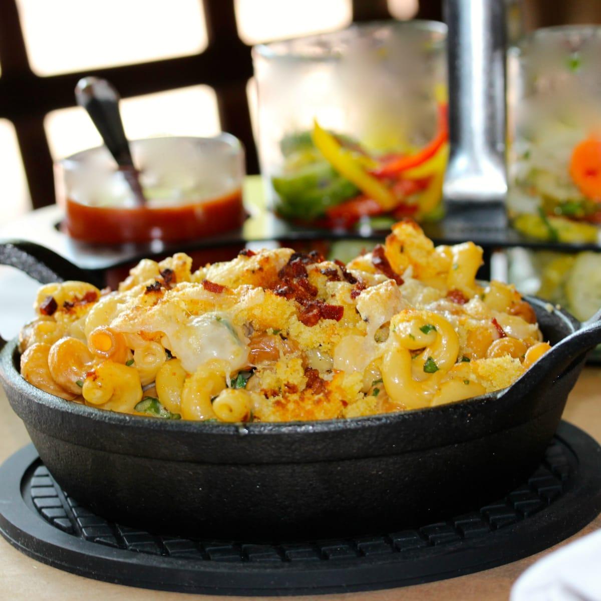 Hickory Plano restaurant mac and cheese 2015