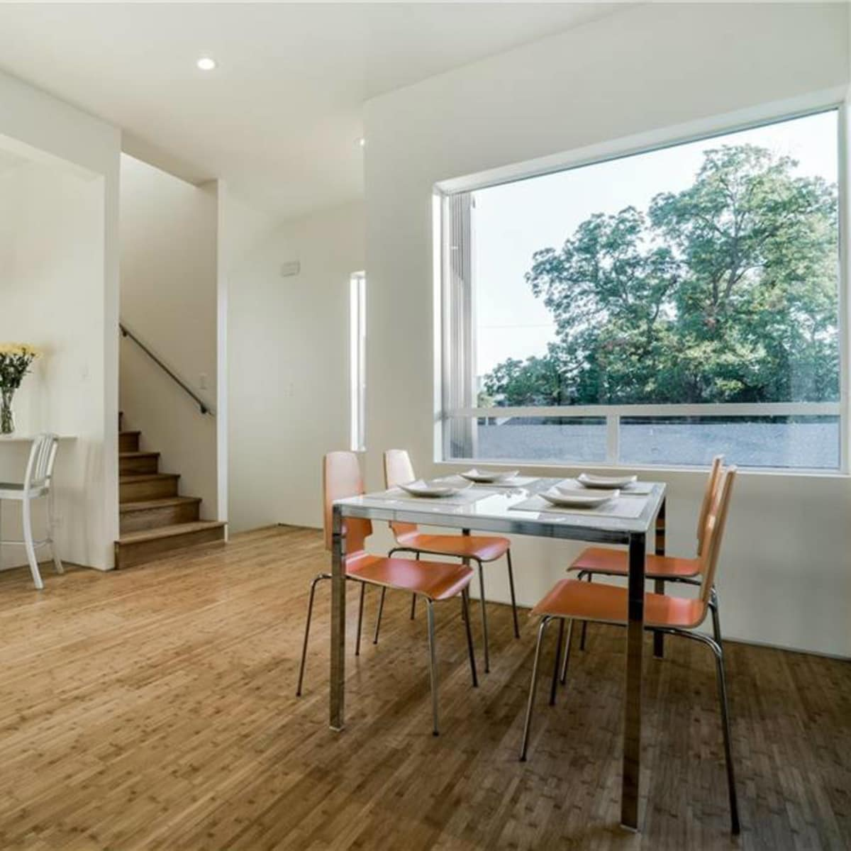 Kitchen and dining room at 4401 Roseland Ave. Unit B in Dallas