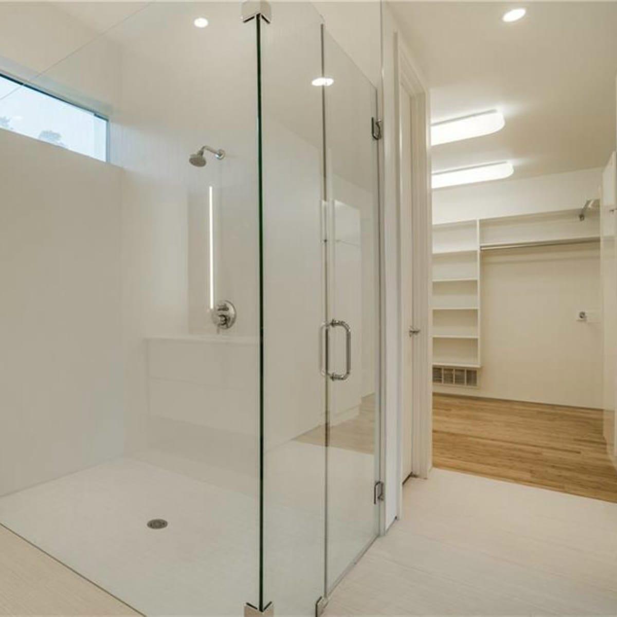 Bathroom at 4401 Roseland Ave. Unit B in Dallas