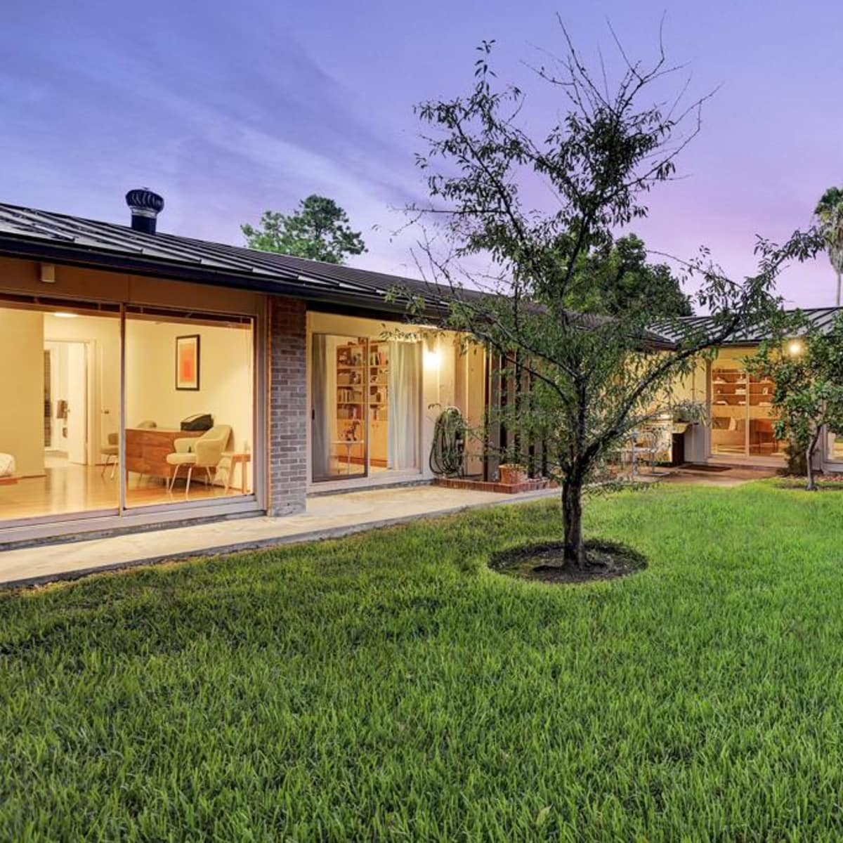 News, Shelby, On the Market, 10111 Cliffwood, Oct. 2015