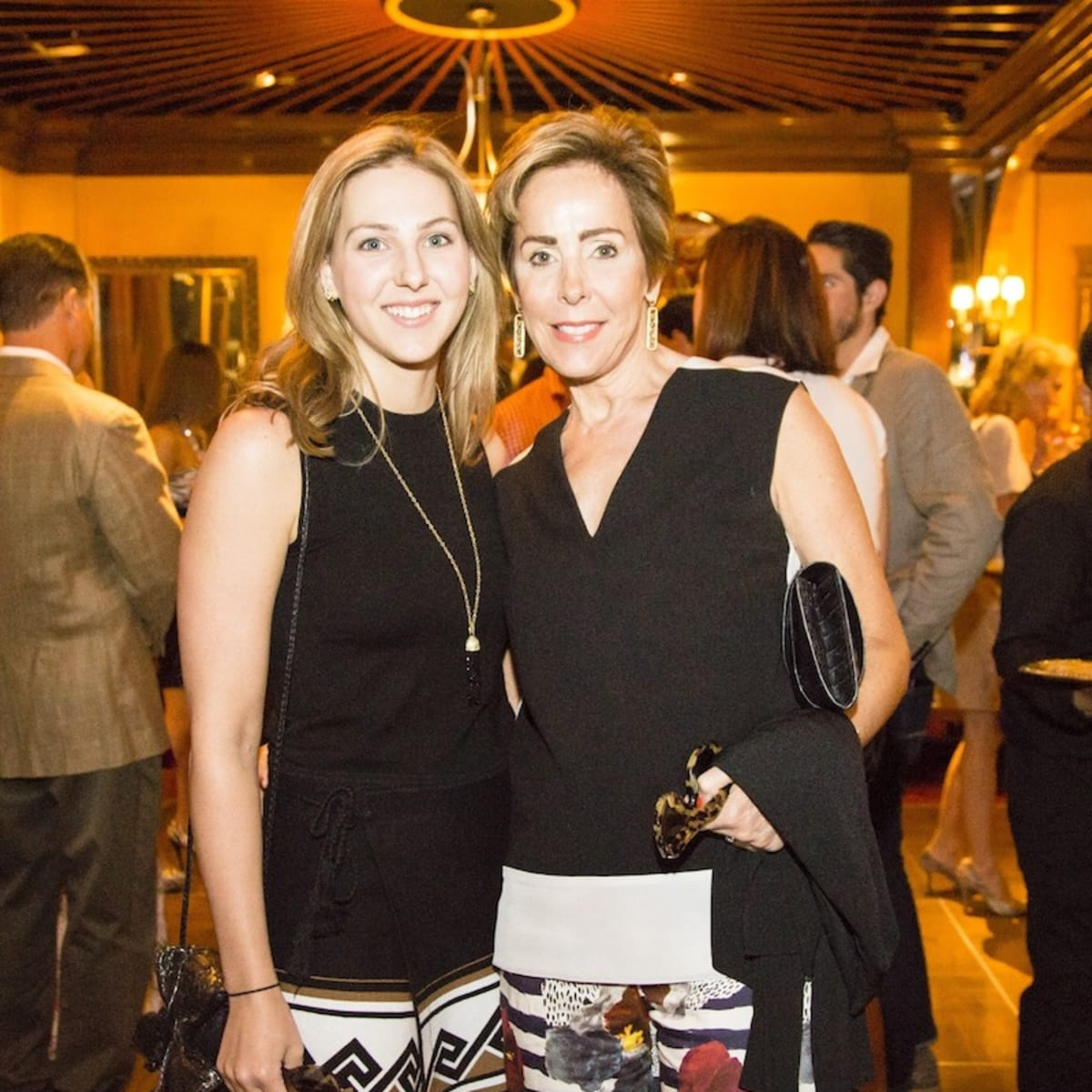 News, Shelby, Beth Muecke b'day, Oct. 2015,  Katie Currie, Liz Decker