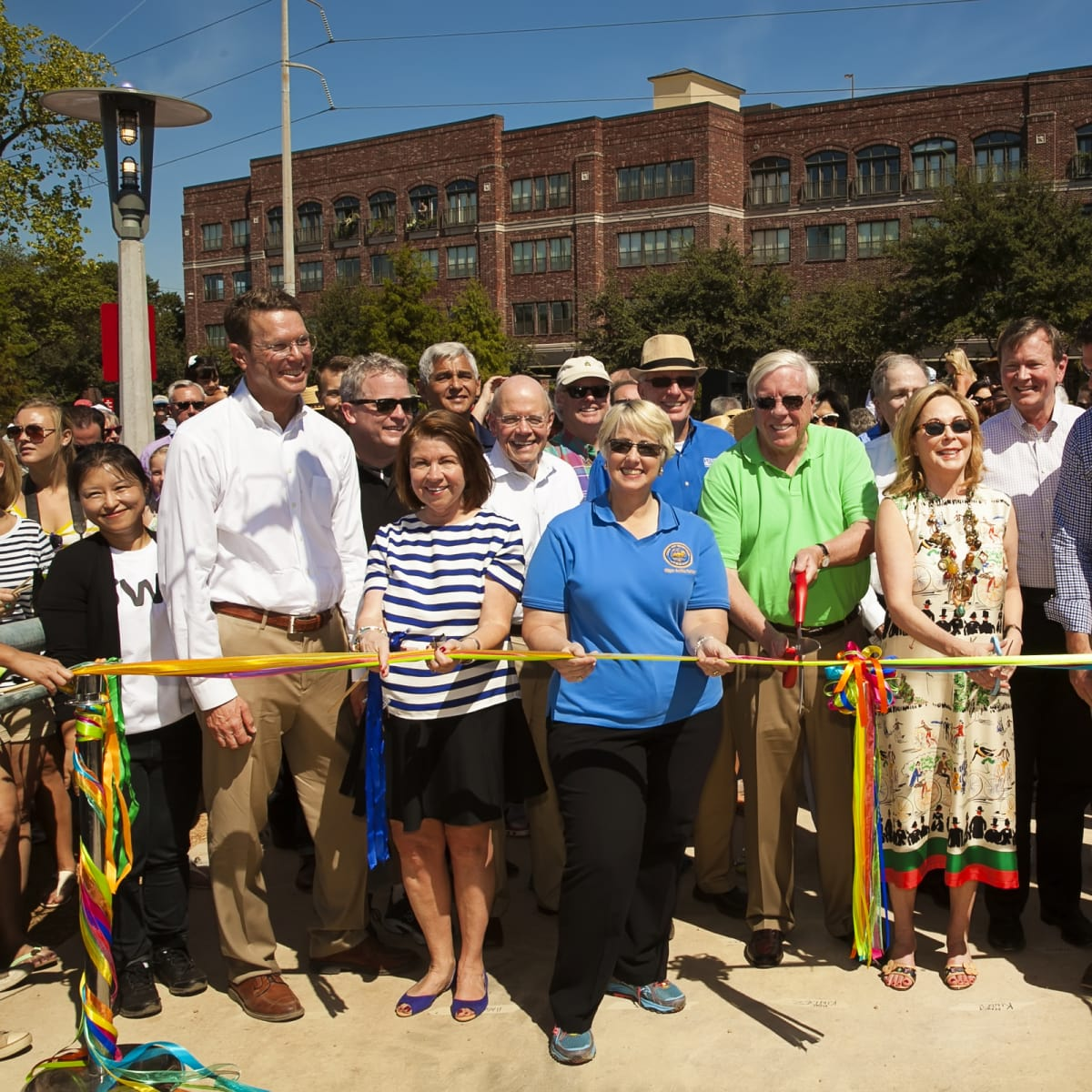 News, Shelby, Buffalo Bayou Park opening, Oct. 2015, ribbon cutting