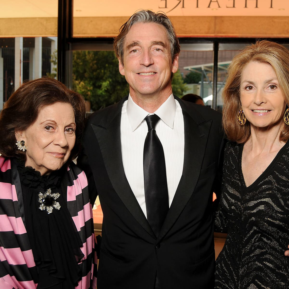 News, Shelby, Alley Theatre opening, September 2015, Patty Hubbard, Ford and Mollie Hubbard