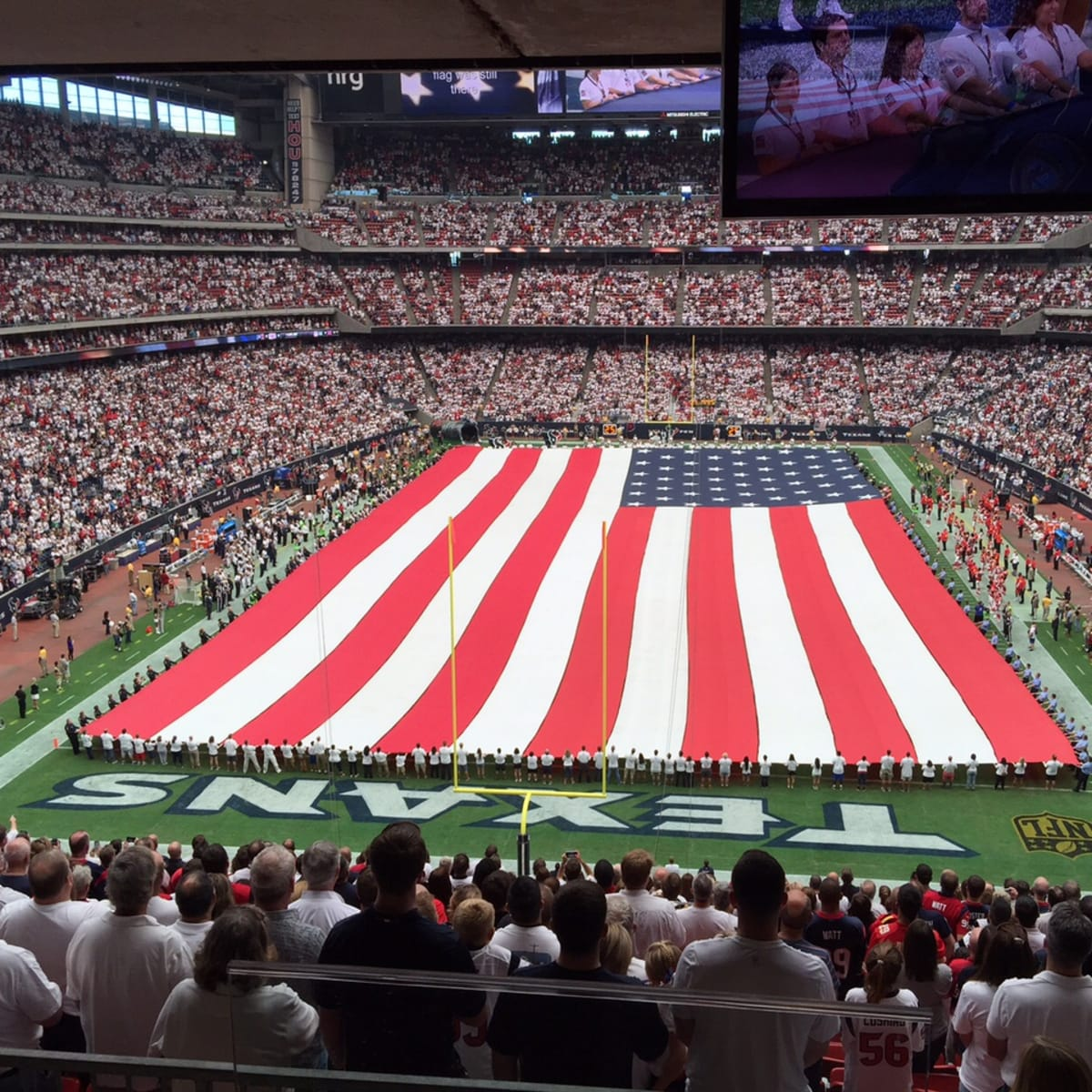 News, Shelby, Texans Owners suite, Sept. 2015,